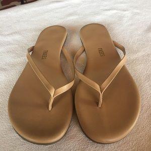 Flees Sandals